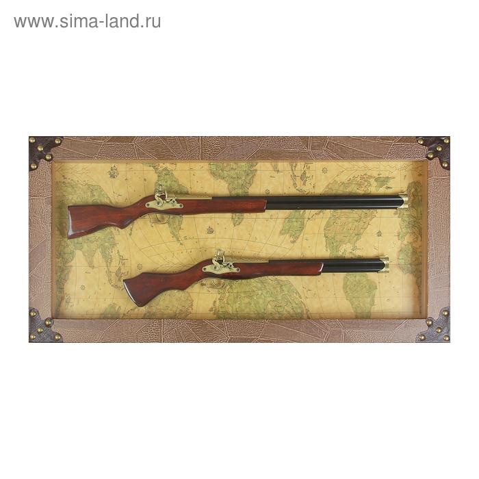 Сувенирное изделие-панно: 2 двустволки в раме, по углам по 5 заклепок