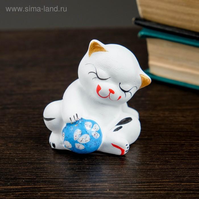 """Сувенир """"Котик с мячом"""" сидя"""