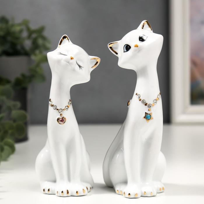 "Сувенир ""Кошечки белые с цепочкой"", набор из 2-х шт"