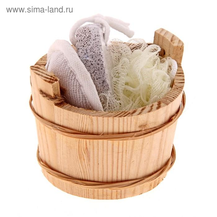 Набор банный в деревянном ушате 4 предмета: массажная мочалка, мочалка-бант, пемза, расческа