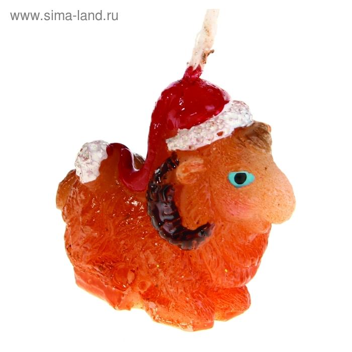 """Свеча воск """"Овца в новогоднем колпаке"""""""