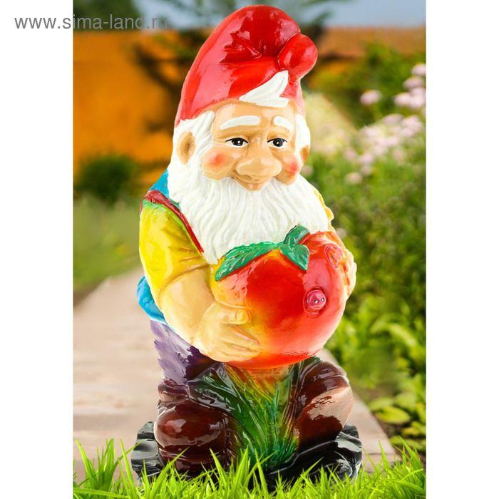 """Садовая фигура """"Гном с яблоком"""" средняя"""