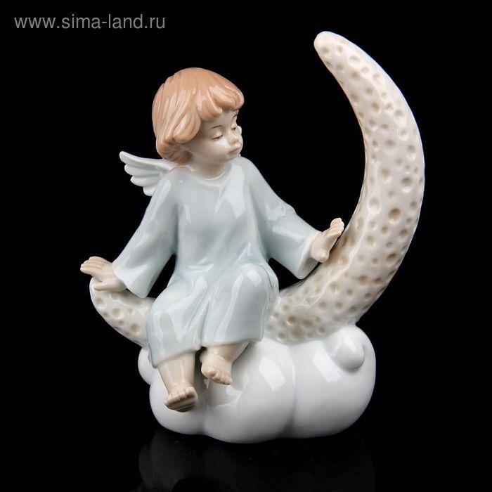 """Сувенир """"Ангелочек на месяце"""""""