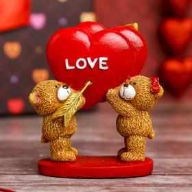 """Сувенир """"Мишутки с сердцем Love"""" на подставке"""
