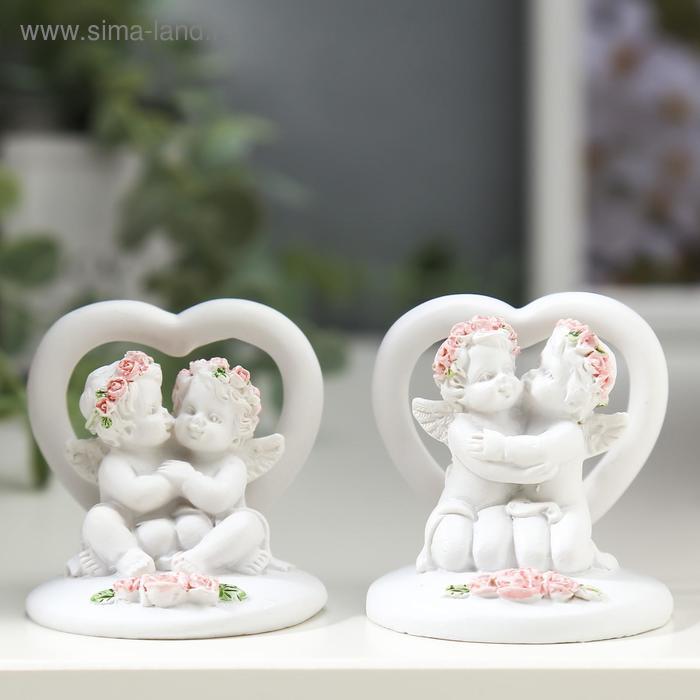 "Сувенир ""Два ангелочка в венках из роз у сердца"""