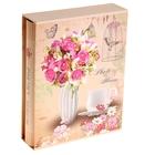 Цветы со стразами в вазе