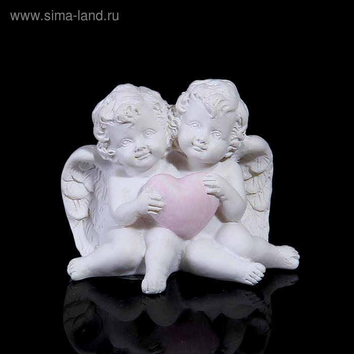 "Сувенир ""Ангелочки с сердцем сидят"""