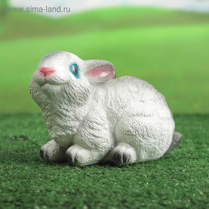 """Садовая фигура """"Сидящий зайчик"""" малая, бело-серая"""
