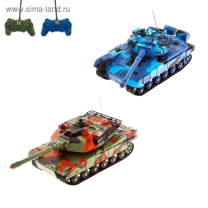 """Танковый бой """"Военная стратегия"""", на радиоуправлении, в наборе 2 танка, 2 пульта управления, световые и звуковые эффекты, работает от батареек, масштаб 1:48, БОНУС - игровые карточки и игровое поле"""