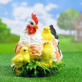 """Садовая фигура """"Рыжая курица с цыплёнком"""""""