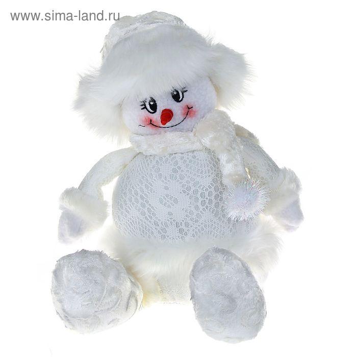 """Мягкая игрушка """"Снеговик"""" (кружевной, сидит)"""