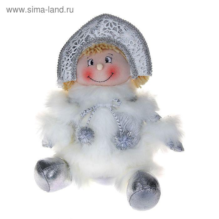 """Мягкая игрушка """"Снегурочка"""" (кружевная, сидит)"""