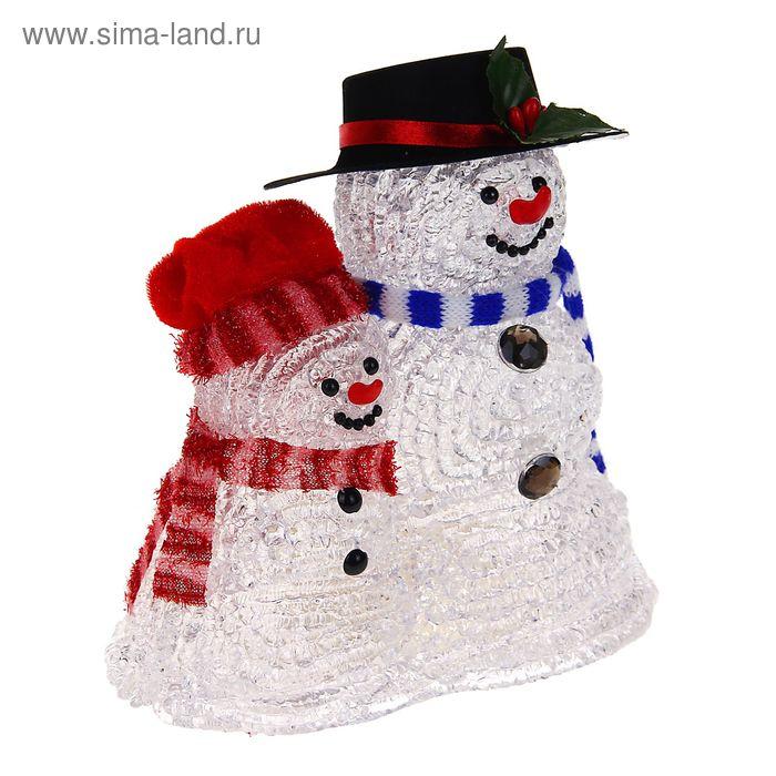"""Фигура акрил. """"Семья снеговиков"""" 18х10х18 см, LED (батарейки ААА*3 шт.не в компл.)"""