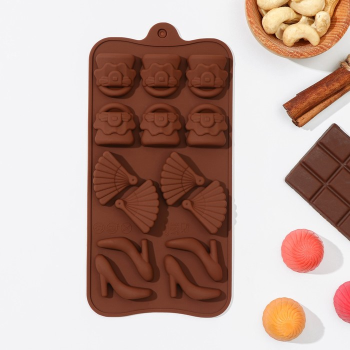 "Форма для льда и шоколада, 14 ячеек, 21х11х1,5 см ""Дамский набор"""