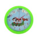 """Часы настенные круглые детские """"Дети на надувной лодке"""", 23х23 см. зеленое кольцо"""