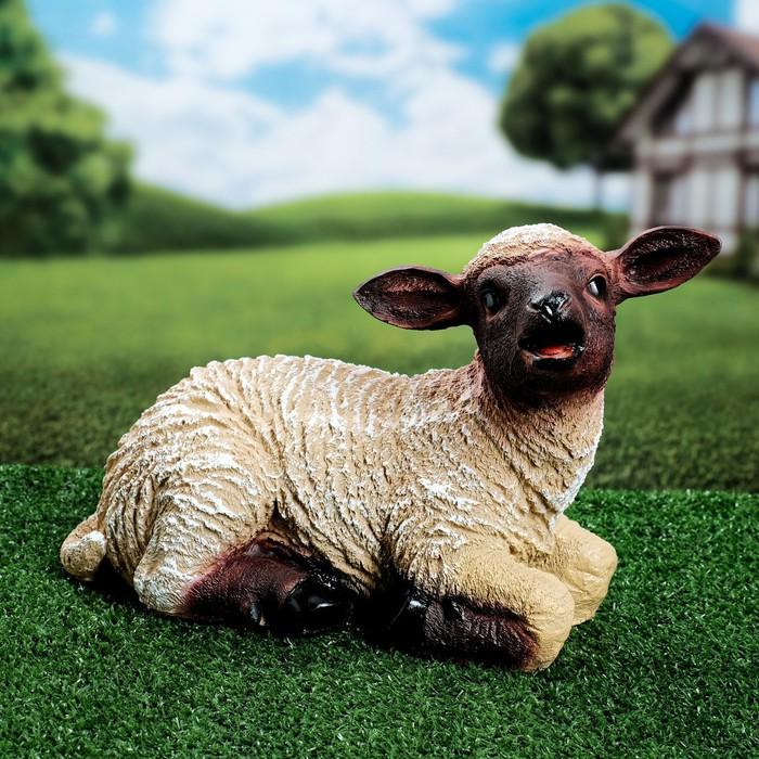 """Садовая фигура """"Лежащая овечка"""" малая"""